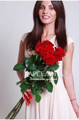Букет из 7 красных роз 70 см.