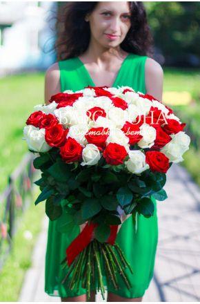 51 Красно-белая роза 50 см.