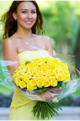 51 Желтая роза 50 см.