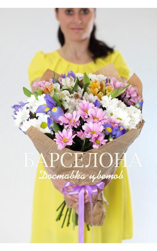 Букет из хризантемы, ирисов, альстромерии