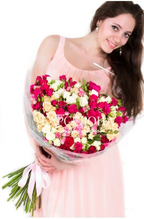 49 Кустовых роз Mix 60 см