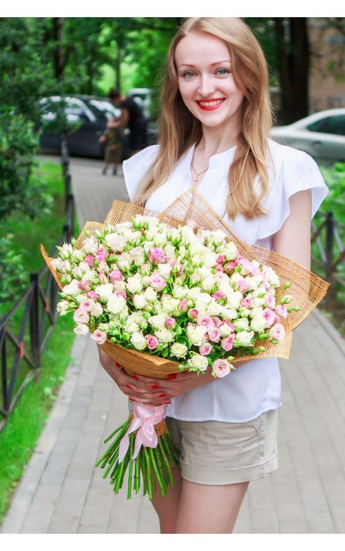 39 Кустовых роз 60 см