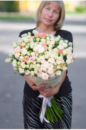 49 Кустовых роз 60 см