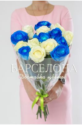 15 сине-белых роз