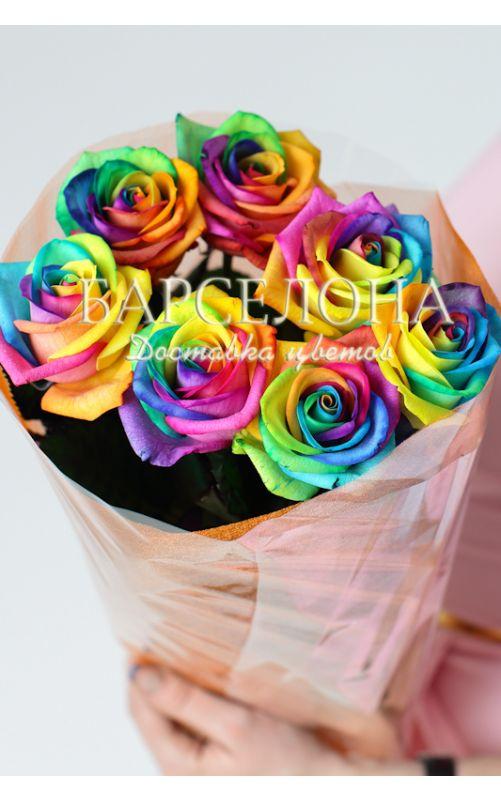 7 радужных роз