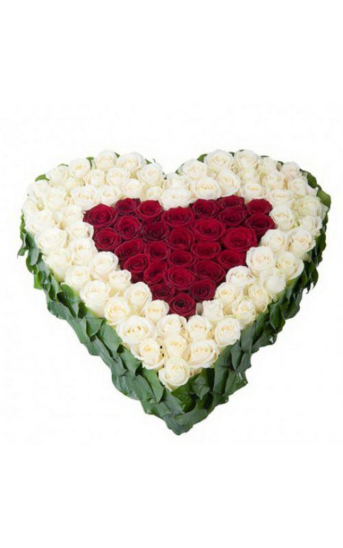 Сердце из роз купить