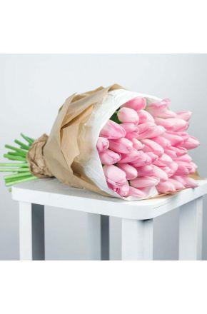 Букет из 35 розовых тюльпанов